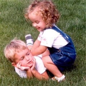 Amy & Ian tickles 400